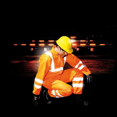 Honeywell's Ne-Hon TM 6, the first high visibility (HV) combination with certified chemical protection